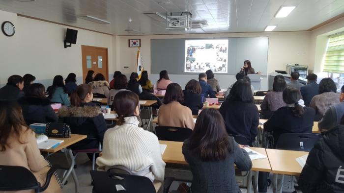 수업혁신을 위한 한 걸음, 외국어 교육의 길을 열다! 2.png
