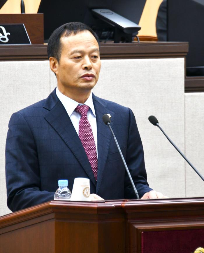 시의회2.송하진의원.png